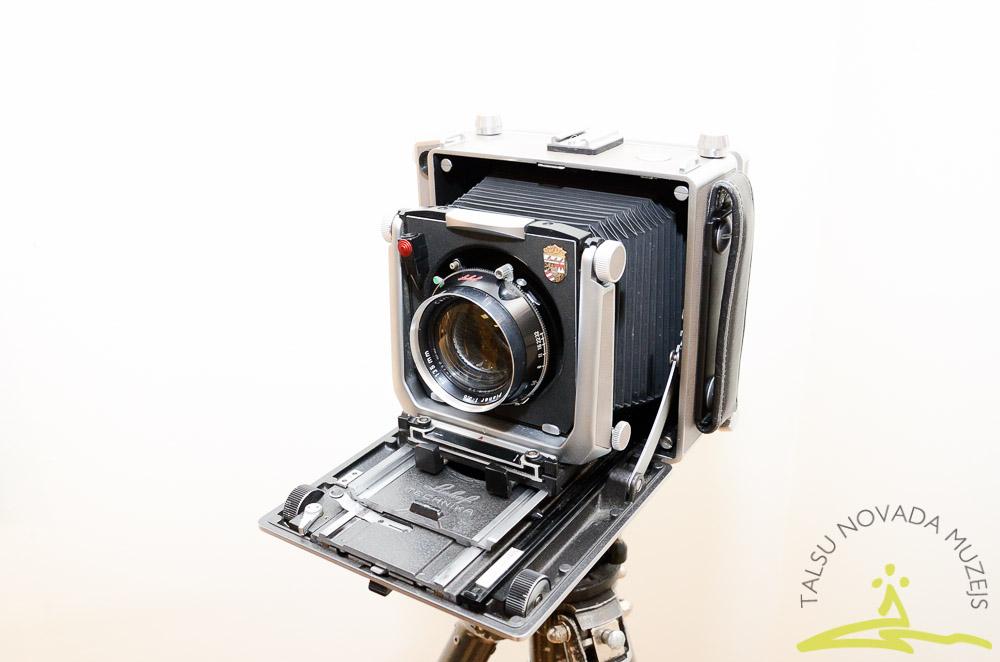 Lukas Berti fotoizstādes atklāšana