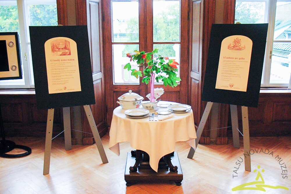 Pavārgrāmatu izstāde UNESCO nedēļā