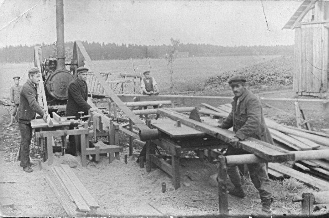 Dzīvojamās mājas celtniecība Sārajos Lībagu pagastā, 1924. g.