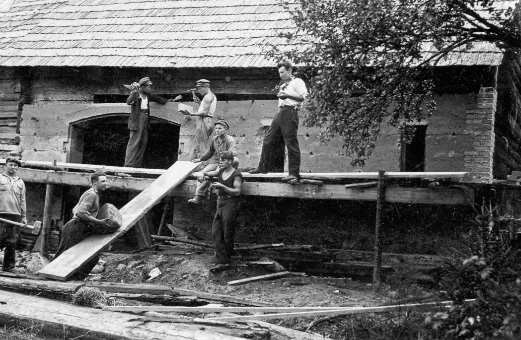 Kaltes remonts Strazdē ap 1930. g.
