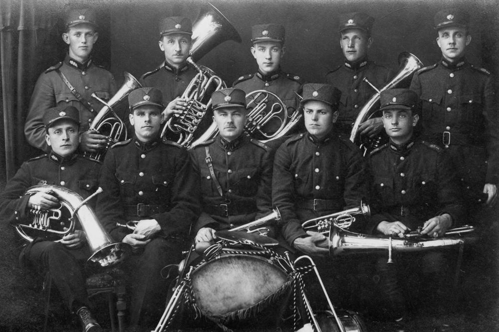 Talsu aizsargu orķestris 1930. gados