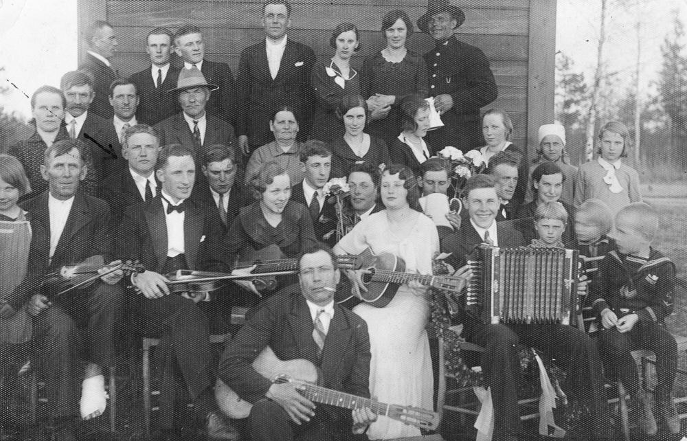 Iesvētības Alksnāju ciemā 1930. gados