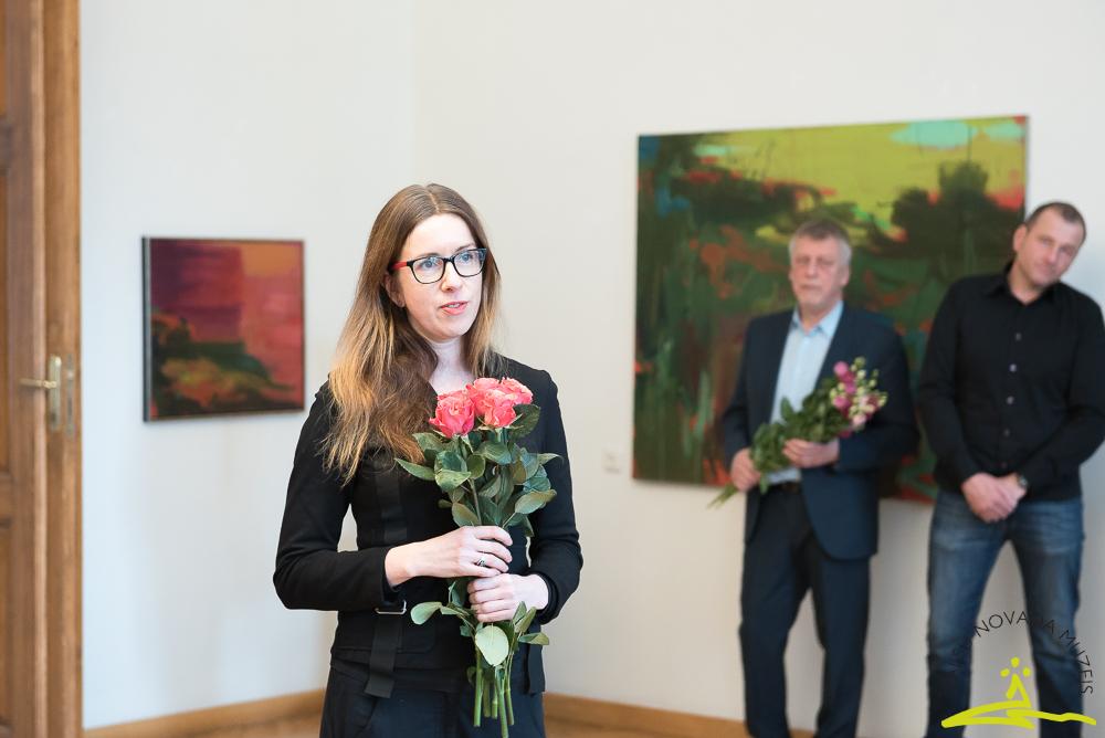 """Gunas Millersones gleznu izstādes """"Ceļojumi ainavā"""" atklāšana"""