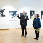 """Laimas Eglītes gleznu izstādes """"Daba"""" atklāšana Talsu novada muzeja Izstāžu zālē."""