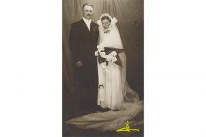 Vandzenes pagasta jaunos pārus no apkārtnes mājām fotografējis Alfrēds Fabriciuss - 1939. g.