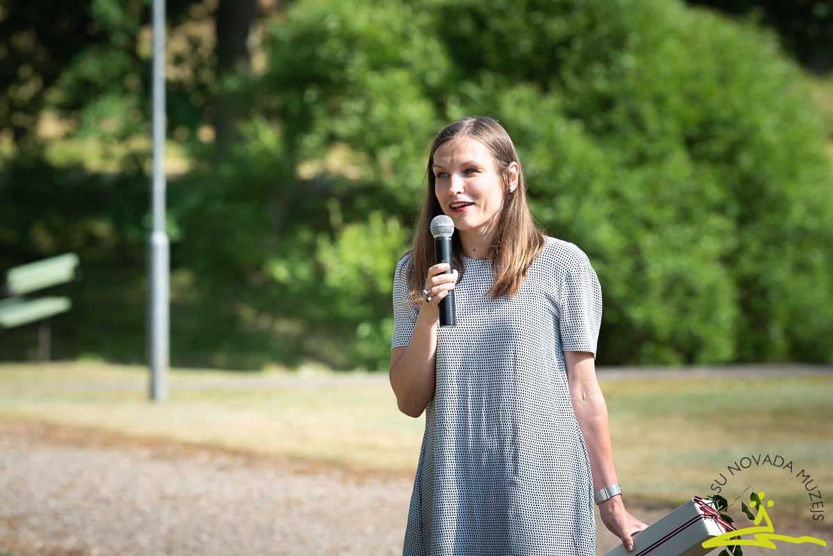 Kabiles muižas pārstāve Agate Eniņa. 2020. gada 26. jūnijs