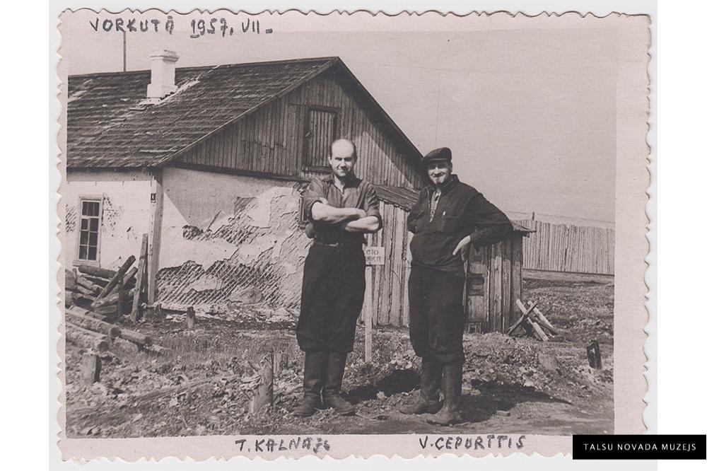 Teodors Kalnājs un Voldemārs Cepurītis Vorkutā. 1957. gads. ZP 6054/5