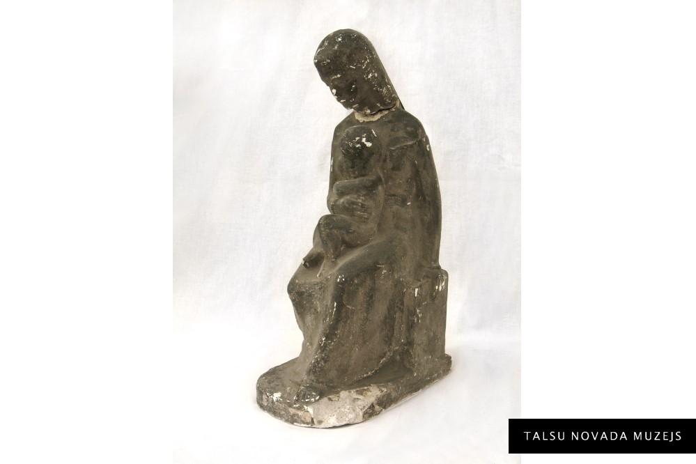 """Egons Zvirbulis """"Māte ar bērnu"""". Skulptūra. Ģipsis. 1935. TNMM 424"""