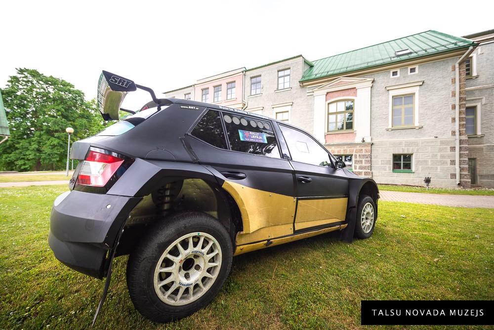 "Rallija auto ""Škoda fabia"""